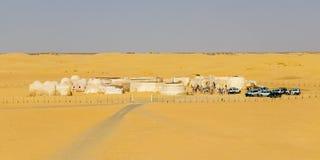 NAFTAH TUNISIEN - JULI 23, 2018: Star Wars ställde in, byggt i mitt av öknen nära Naftah, Tunisien arkivbilder