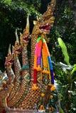 Naga auf Toren des Tempels von Wat Phra That Doi Suthep lizenzfreies stockfoto