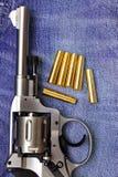 Nagant revolver med kassetter Royaltyfria Bilder