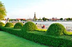Nagaraphirom parkerar - Wat Arun Arkivbild