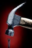 Nagel und Hammer stockbilder
