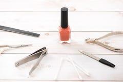 Nagelpflege und Maniküre Schöne weibliche Hände mit Nagellack lizenzfreies stockfoto