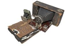 Nagetier gekaute schmutzige Kameras der Fotografie lokalisiert Stockfoto