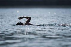 Nageur de triathlon Photographie stock libre de droits