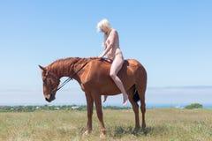 Nagi horsewoman Zdjęcia Stock