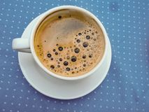 Naglący śniadanie, kawa, owoc, chleb obrazy stock