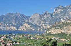 nago, Jeziorny Garda, Włochy Zdjęcia Royalty Free