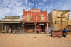 NAGROBEK, ARIZONA, usa, MARZEC 4, 2014: Aktorzy bawić się O K Corral strzelaniny strzelaninę w nagrobku, Arizona, usa dalej zdjęcia royalty free