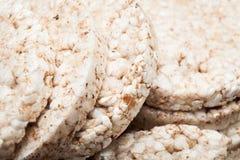 Nah oben, Brot von den ganzen Körnern, Hintergrund stockfoto