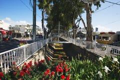 NAHARIYA, 9 ISRAËL-MAART, 2018: Straat in het centrum van Nahariya, Israël royalty-vrije stock fotografie