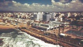 NAHARIYA ISRAEL-MARCH 9, 2018: Flyg- sikt till staden av Nahariya, Israel Royaltyfri Fotografi