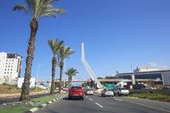NAHARIYA, ISRAELE 9 MARZO 2018: Via nel centro di Nahariya, Israele Immagini Stock Libere da Diritti