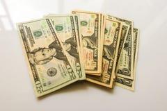 Nahaufnahme-amerikanische Dollar-Banknoten Lizenzfreie Stockbilder