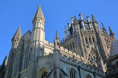Nahaufnahme auf Drehköpfen, Helmen und dem Achteck der Kathedrale von Ely in Cambridgeshire, Norfolk, Großbritannien Stockfotografie
