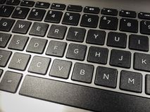 Nahaufnahme der alphanumerischen Tastatur des Computers Stockbild