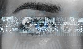 Nahaufnahme der digitalen Wiedergabe des Auges 3D der Frau Lizenzfreies Stockfoto