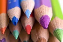 Nahaufnahme der farbigen Bleistifte Stockfotografie