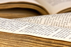 Nahaufnahme der geöffneten Bücher Lizenzfreies Stockfoto