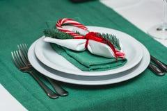 Nahaufnahme der gedienten neues Jahr- oder Weihnachtstabelle Luxusrestaurant Stockbild