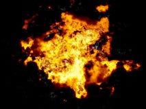 Nahaufnahme der heißen Lava- und Feuerexplosion Stockfotos