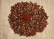 Nahaufnahme der Kaffeebohnen Lizenzfreie Stockbilder