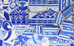 Nahaufnahme der Keramik im Park Guell lizenzfreie stockfotos