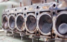 Nahaufnahme der Kopf eines Sechszylindermotors Lizenzfreie Stockbilder