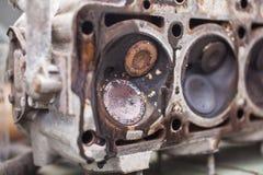 Nahaufnahme der Kopf eines Sechszylindermotors Lizenzfreies Stockfoto