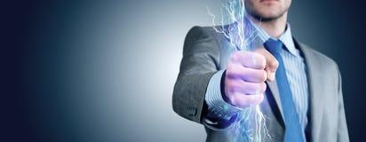 Nahaufnahme der umklammerten Hand mit Lichtern Lizenzfreie Stockfotos