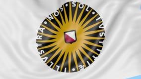 Nahaufnahme der wellenartig bewegenden Flagge mit Universität von Utrecht-Emblem, nahtlose Schleife, blauer Hintergrund Redaktion stock video footage
