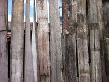 Nahaufnahme des alten hölzernen Plankebeschaffenheitshintergrundes Stockfoto