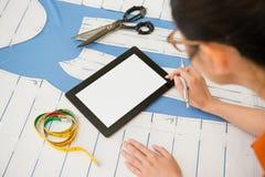 Nahaufnahme des digitalen Tablet-Computer-leeren Bildschirms Lizenzfreie Stockfotografie