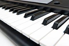 Nahaufnahme des elektronischen Klaviers Stockbild