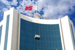 Nahaufnahme des Reinigungsprozesses auf einem Wolkenkratzer Stockfoto
