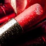 Nahaufnahme des roten Lippenstifts Stockbild