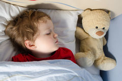 Nahaufnahme des schlafenden Kindes Stockfotografie