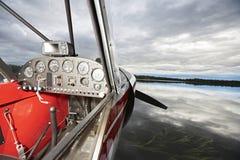 Nahaufnahme des Seeflugzeug-Cockpits Stockbild