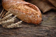 Nahaufnahme des traditionellen selbst gemachten Brotes Stockbild