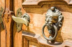 Alte Holztür Lizenzfreie Stockbilder