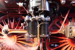 Nahaufnahme einer Luftpumpe und der Räder eines Dampfers stockfoto