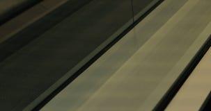 Nahaufnahme einer Rolltreppe stock footage
