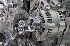 Nahaufnahme eines Autowechselstromerzeugers stockbild