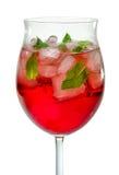 Nahaufnahme eines Cocktails mit Campari lizenzfreie stockfotografie