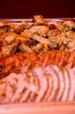Nahaufnahme eines köstlichen gebratenen gekochten geschnittenen Fleisches Stockfotos
