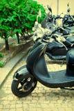 Nahaufnahme eines Motorrad ` s Kombi-Instruments Weinlese-Effekt Stockbilder