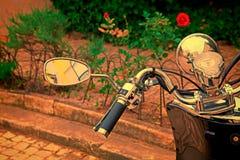 Nahaufnahme eines Motorradkombi-instruments Lizenzfreies Stockbild