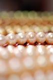 Nahaufnahme eines Perlenstranges Stockbild