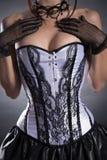 Nahaufnahme schoss von einer busty Frau im eleganten weißen Korsett Stockfoto