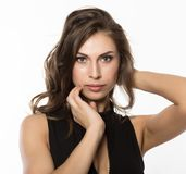 Nahaufnahme sexy nettes businessgirl auf einem hellen Hintergrund Mode und Make-up, Schönheit im Geschäft Stockbilder