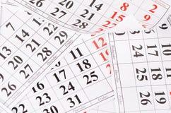 Nahaufnahme von Daten an der Kalenderseite stockfotografie